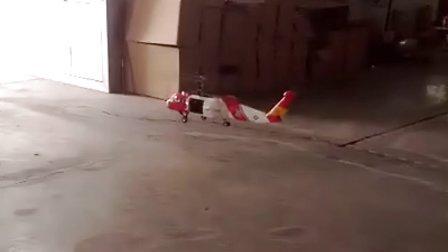 英国小伙黑鹰试飞视频