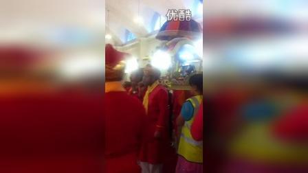 [英伦日记]参加印度每周例行的神秘宗教仪式