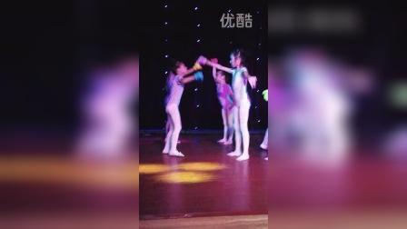 20140711舞蹈班汇演《一双小小手》
