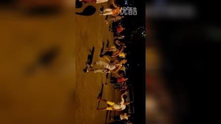 侨乡体育馆广场舞2