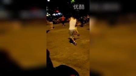 侨乡体育馆广场舞3