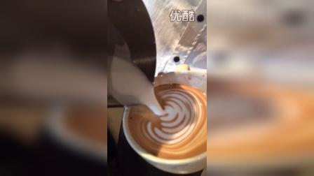 咖啡拉花压纹爱心