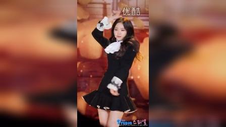 韩流方向标—141230 SBS 연예대상 축하공연 에이핑크 손나은  LUV