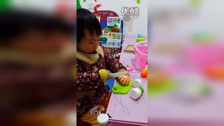 20150313 湾湾宝宝做饭咯