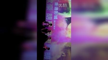 2015.5.4南宁金逸影城 左耳明星见面会+观影会 粉丝送花