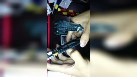 三星i879e拆机换屏教程