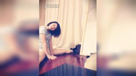 自拍美女舞蹈_102235302