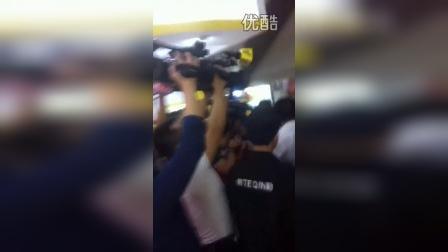 广东省省长朱小丹亲民活动