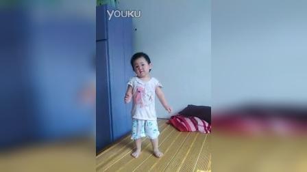 两岁小孩广场舞搞笑版
