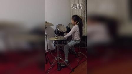 奔跑,萌妹子炫酷架子鼓!