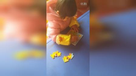 女儿3岁不到1分20秒搞定九宫拼图
