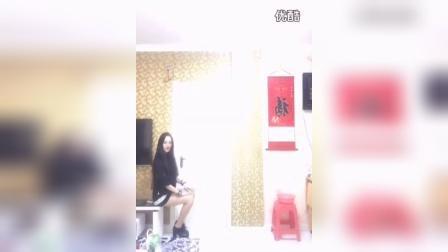 96韩国人气女主播 性感的微拍美女素颜琪琪宝宝在家热舞微拍视频
