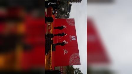 星光大道20160220期<火之子组合>助阵威宁亦然居2016年3月13日开业庆典。