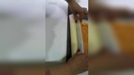 如何卷蛋糕卷