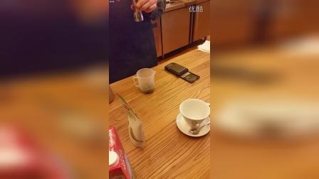 抹茶拿铁制作方法