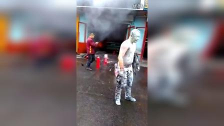 百家车坛 | 吉林省一汽修工人被烧成火人,惨不忍睹!