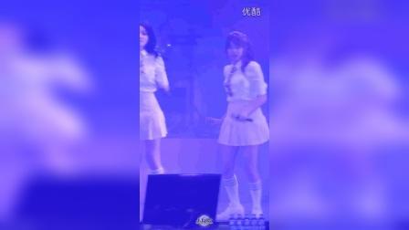 2016韩国天团I.O.I美女饭拍秀47