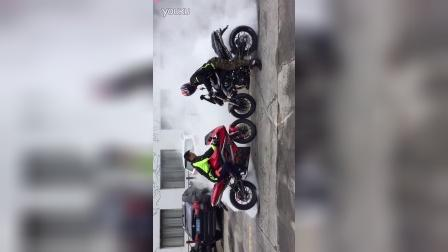 吉利集团旗下高端摩托品牌吉铭400cc跑车吉越与街车吉瑞特技表演(翘头、翘尾、飘逸、烧胎、压弯)