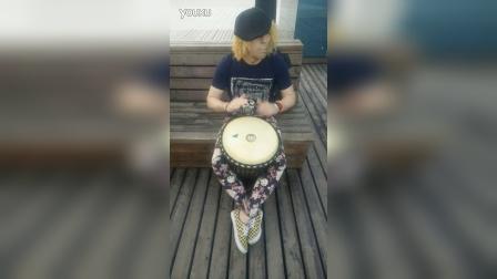 玩一段非洲鼓