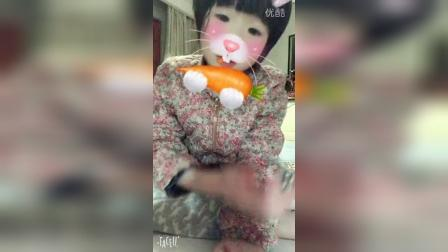 小布吃萝卜