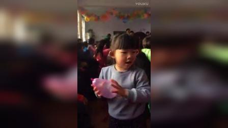 小萝莉之幼儿园元旦晚会上