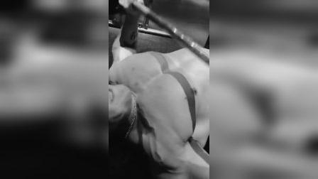 力量训练-健身 帅哥 大叔 健美 胸肌 腹肌