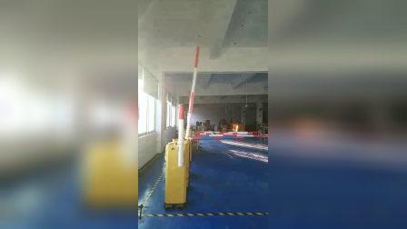 停车场快速道闸 直流无刷24V  测试现场