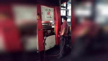 青岛恒林集团:自动化无箱造型线 (4)