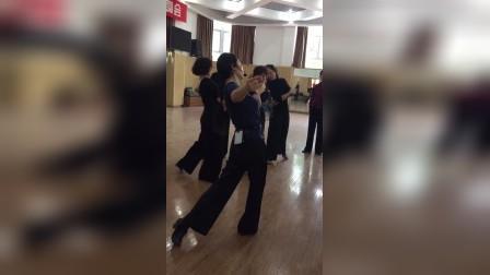 摩登舞班赵萍老师维也纳华尔兹教学 5