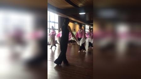 龙宝玲老师教练戏曲水袖(三)。