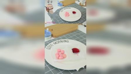 日本食玩时间,今天吃糯米糍棒棒糖,白白要自己做