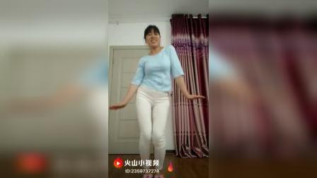 白色紧身裤(二)