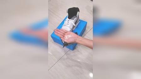 网红擦鞋湿巾,懒人福利,去污效果强携带还方便,懒得刷鞋的最适合了鞋 。