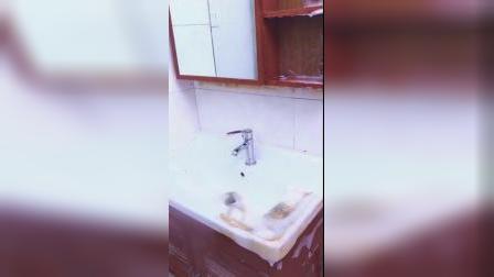 厨房和厕所的卫生难搞,用上了它,便很简单