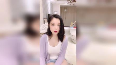 花椒女主播唯一苏苏直播视频2020.4.19