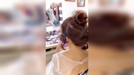婚礼当天 ,短发韩式花苞头编发教程,皇冠专属发型