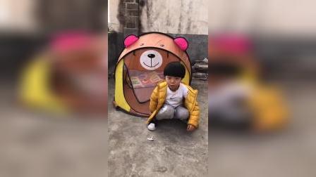 童年趣事:这是宝贝的小熊屋