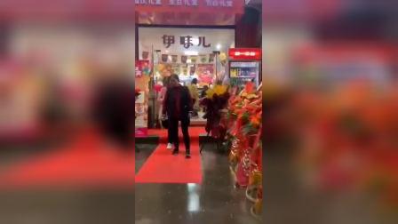 零食品牌连锁店排行榜,伊味儿零食加盟靠谱吗?