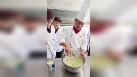 榴莲披萨-郑州欧米奇西点西餐培训