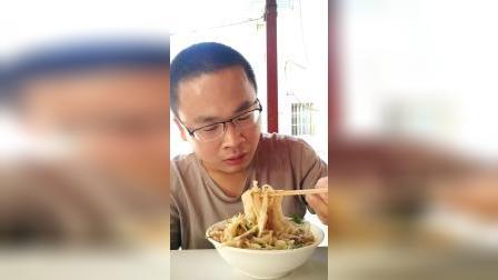 记录在罗山的山店吃黄葵面条,钟德广vlog