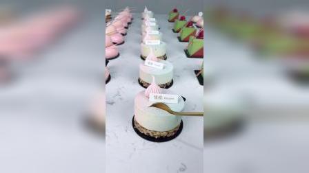 每人操作一份甜品,动物淡奶油实际操作练习,自己做的成品自己吃可带走青岛法式西点烘焙甜品蛋糕