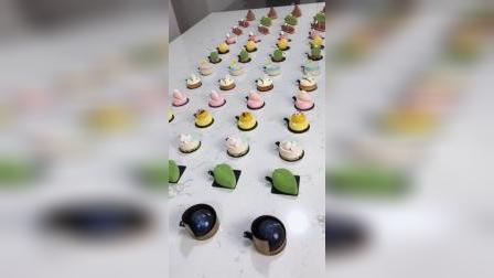 青岛法式西点烘焙甜品蛋糕,慕斯镜面淋面,喷砂,手工巧克力装饰饰件,各种口味夹心搭配制作,全部零基础学生练习作品
