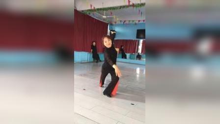 丹东宽甸晨练舞队,佳芯老师舞蹈培训《女儿情》