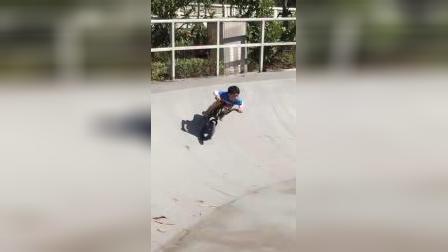 THEGUYTOWN儿童BMX上海 追风少女 骑guybmx玩碗池极限公园 小轮车 u池  5岁女娃亲子单车 平衡车 滑步车 极限运动 街头文化 儿童体育滑板场