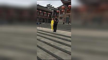 新中国新时代有氧健身操总教练胡艳杰老师走进四川邻水精彩讲解