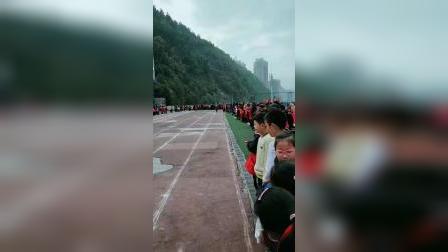 南江县实验小学2019年冬季运动会四年级三班60米男女接力赛