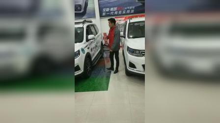 东风风行周口天泽汽车销售顾问王江北讲解SX6