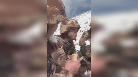 心疼!他们巡逻途中以雪为食,高寒缺氧呼吸困难,依然坚守在祖国边防。向军人致敬️!