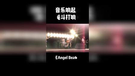 Angel Beats:音乐响起时,战斗打响了