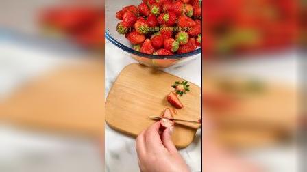 草莓季节到了!我们在家也能做出健康美味香甜的草莓果酱啦!
